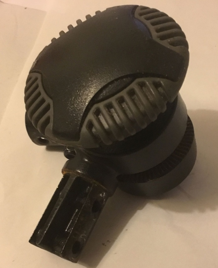 Used Tiller Positioning Knob For A Pride GoGo Mobility Scooter V3628